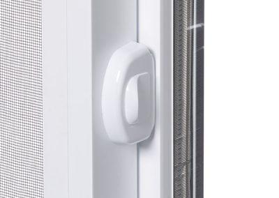 Automatic locking mechanism